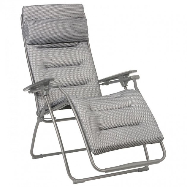 На фото: Крісло-шезлонг Futura BeComfort® Silver (lfm3130-8901), Шезлонги з текстилену Lafuma, каталог, ціна