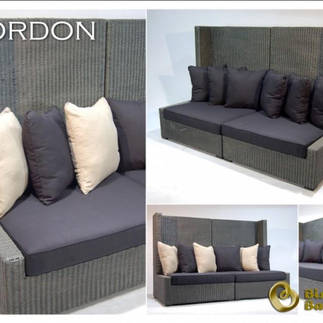 На фото: Диван Gordon (200301), Крісла з ротангу Вілла Ванілла, каталог, ціна