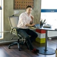Офісні крісла • Офісні стільці і крісла