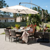 На фото: Парасоля від сонця Capri (11824), Консольні парасолі Garden4You, каталог, ціна