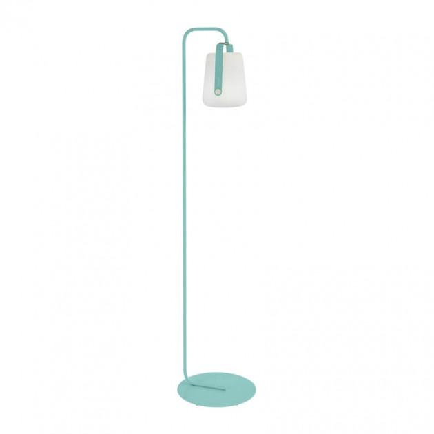 На фото: Підлоговий світильник Balad h25 Lagoon Blue (363146), Підлогові світильники Fermob, каталог, ціна