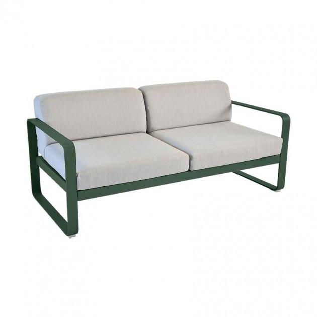 На фото: Диван Bellevie Cedar Green (84450279), Двомісний диван Bellevie з подушками Flannel Grey Fermob, каталог, ціна