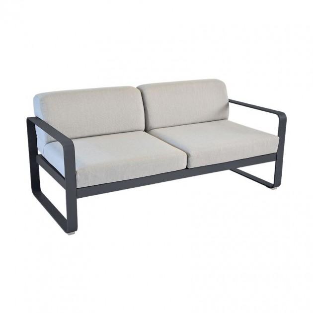 На фото: Диван Bellevie Anthracite (84454779), Двомісний диван Bellevie з подушками Flannel Grey Fermob, каталог, ціна