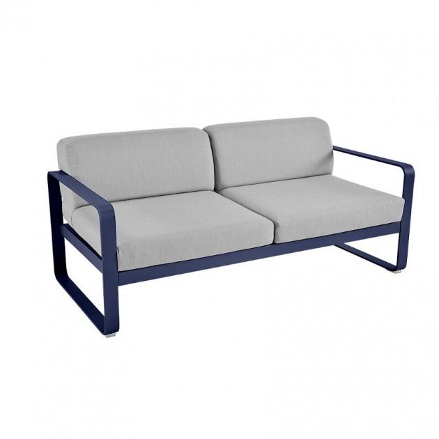 На фото: Диван Bellevie Deep Blue (84459279), Двомісний диван Bellevie з подушками Flannel Grey Fermob, каталог, ціна
