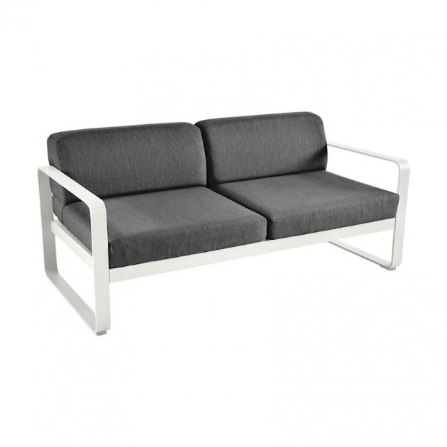 На фото: Диван Bellevie Steel Grey (844538a3), Двомісний диван Bellevie з подушками Graphite Grey Fermob, каталог, ціна
