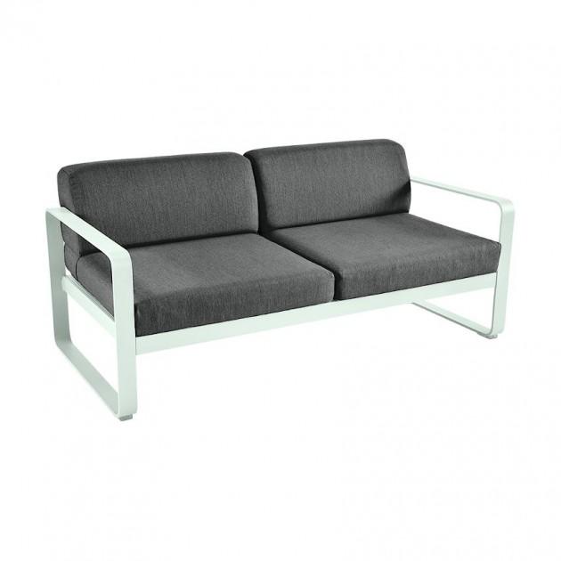 На фото: Диван Bellevie Ice Mint (8445a7a3), Двомісний диван Bellevie з подушками Graphite Grey Fermob, каталог, ціна