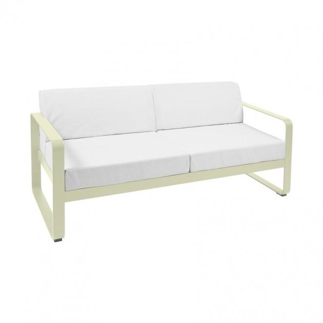 На фото: Диван Bellevie Willow Green (84456581), Двомісний диван Bellevie з подушками Off-White Fermob, каталог, ціна
