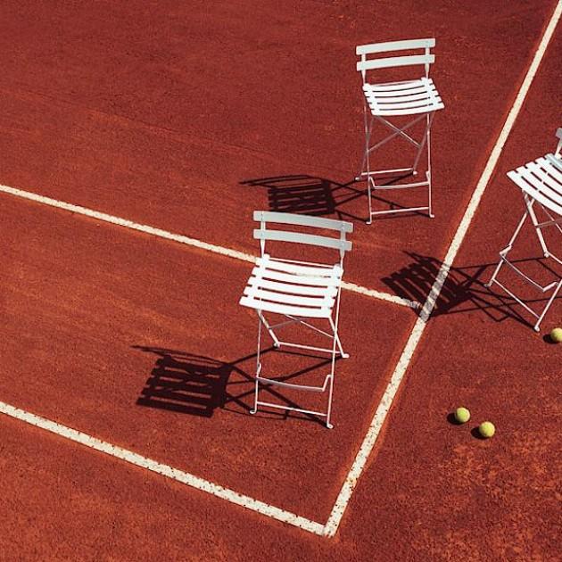 На фото: Барний стілець Bistro Steel Grey (511338), Барний стілець Bistro Fermob, каталог, ціна