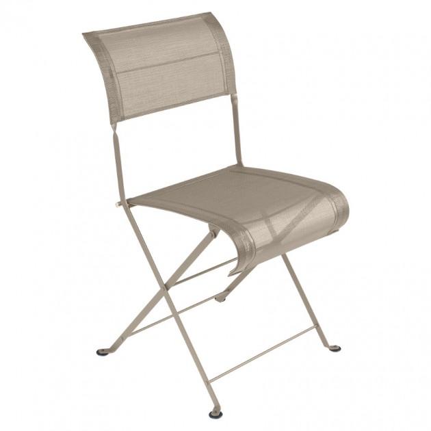 На фото: Складаний стілець Dune Nutmeg (120114), Стілець Dune Fermob, каталог, ціна