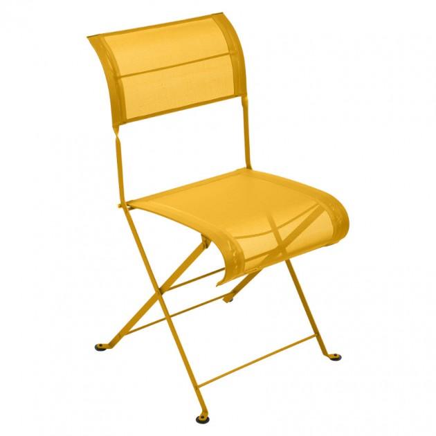 На фото: Складаний стілець Dune Honey (120173), Стілець Dune Fermob, каталог, ціна
