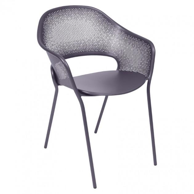 На фото: Садове крісло Kate (730244), Крісло Kate Fermob, каталог, ціна
