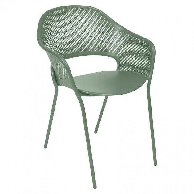 На фото: Садове крісло Kate (730282), Крісло Kate Fermob, каталог, ціна