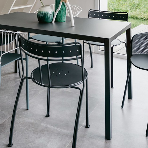На фото: Садове крісло Kate (730247), Крісло Kate Fermob, каталог, ціна