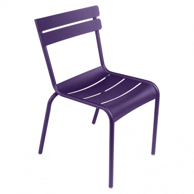 На фото: Стілець Luxembourg 4101 Aubergine (410128), Металеві стільці Fermob, каталог, ціна