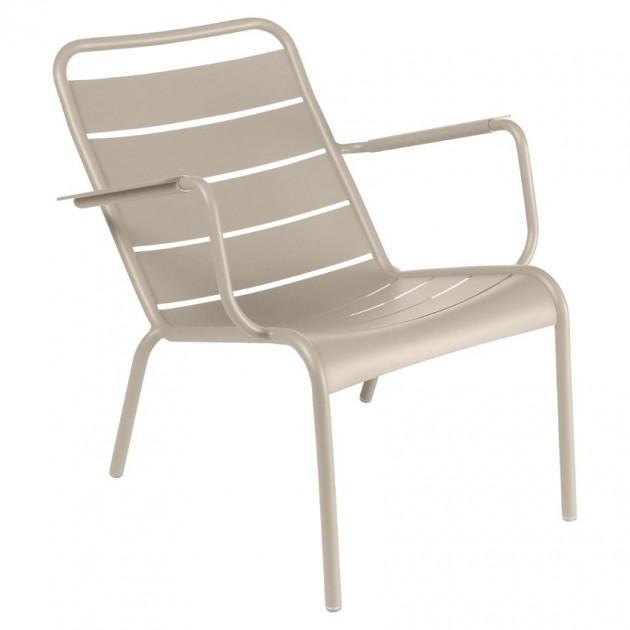 На фото: Крісло Luxembourg 4104 Nutmeg (410414), Металеві крісла Fermob, каталог, ціна