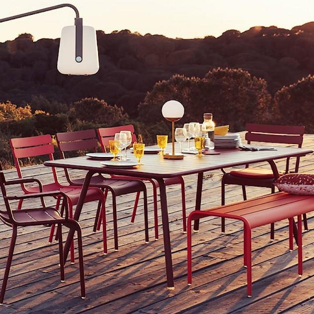 На фото: Обідній стіл Luxembourg 4132 Cedar Green (413202), Стіл Luxembourg 207x100 Fermob, каталог, ціна