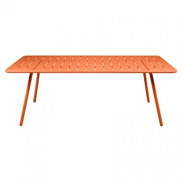 На фото: Обідній стіл Luxembourg 4132 Carrot (413227), Стіл Luxembourg 207x100 Fermob, каталог, ціна
