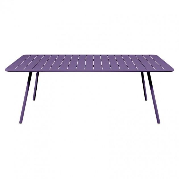 На фото: Обідній стіл Luxembourg 4132 Aubergine (413228), Стіл Luxembourg 207x100 Fermob, каталог, ціна