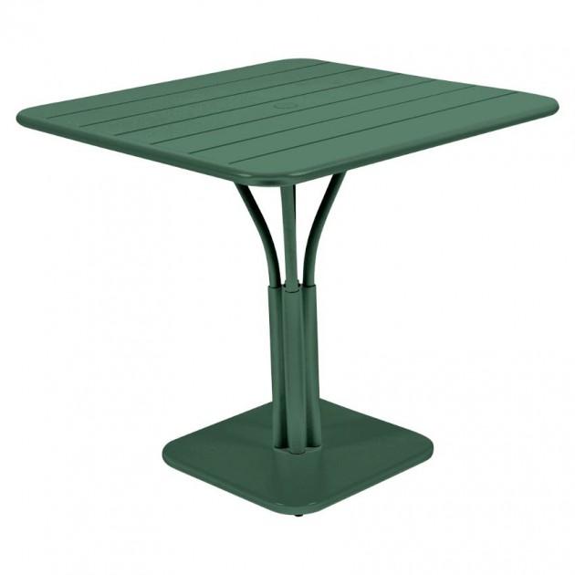 На фото: Стіл Luxembourg 4134 Cedar Green (413402), Стіл на центральній опорі Luxembourg Fermob, каталог, ціна