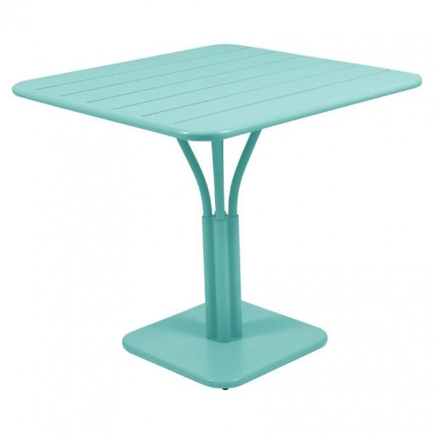 На фото: Стіл Luxembourg 4134 Lagoon Blue (413446), Стіл на центральній опорі Luxembourg Fermob, каталог, ціна