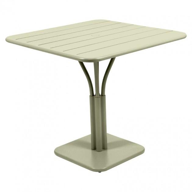На фото: Стіл Luxembourg 4134 Willow Green (413465), Стіл на центральній опорі Luxembourg Fermob, каталог, ціна