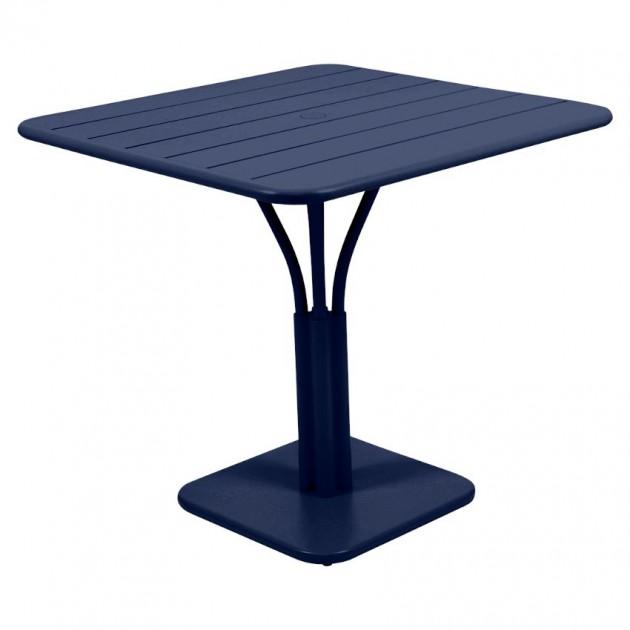 На фото: Стіл Luxembourg 4134 Deep Blue (413492), Стіл на центральній опорі Luxembourg Fermob, каталог, ціна