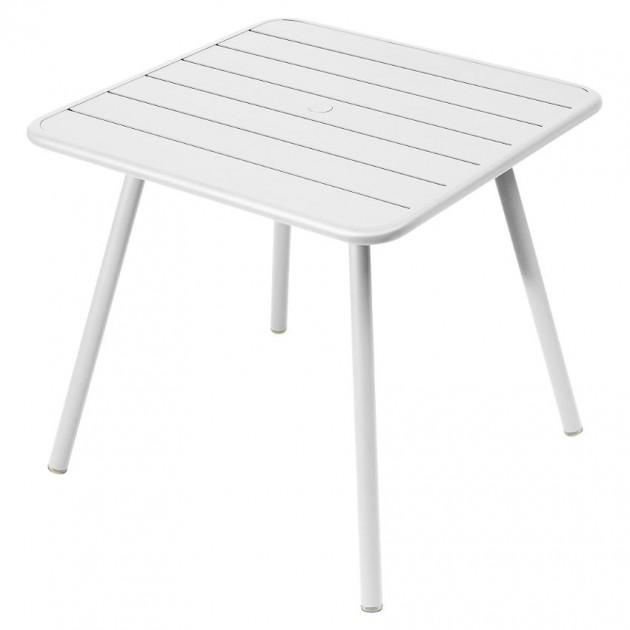 На фото: Стіл Luxembourg 4135 Cotton White (413501), Стіл Luxembourg 80x80 Fermob, каталог, ціна