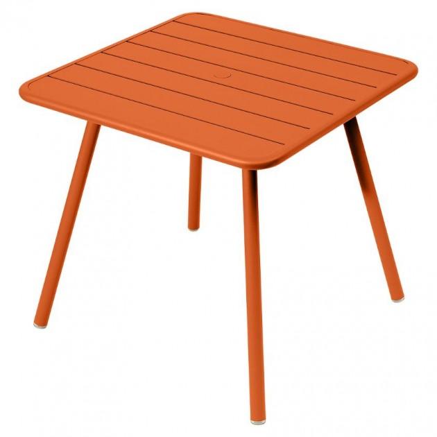 На фото: Стіл Luxembourg 4135 Carrot (413527), Стіл Luxembourg 80x80 Fermob, каталог, ціна