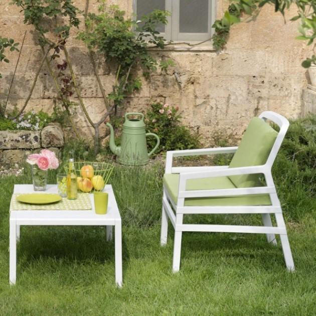На фото: Крісло Aria Bianco (40330.00.061.061), Пластикові крісла Nardi, каталог, ціна