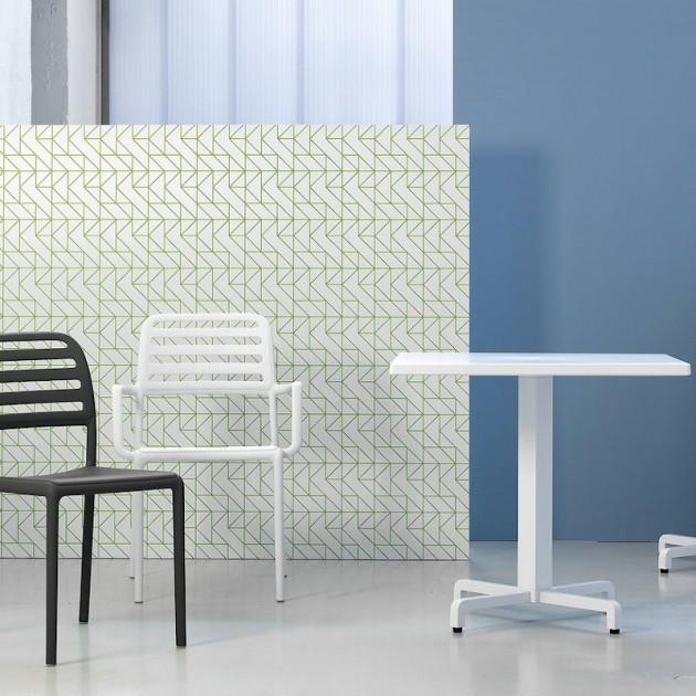 На фото: Стілець Costa Bistrot Bianco (40245.00.000), Пластикові стільці Nardi, каталог, ціна