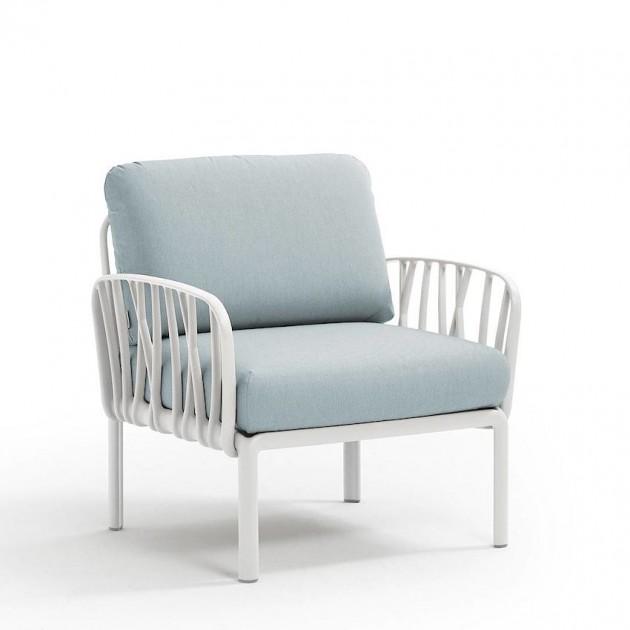 На фото: Модульне крісло Komodo Poltrona Bianco Ghiaccio Sunbrella® (40371.00.138), Вуличне крісло Komodo Poltrona Nardi, каталог, ціна