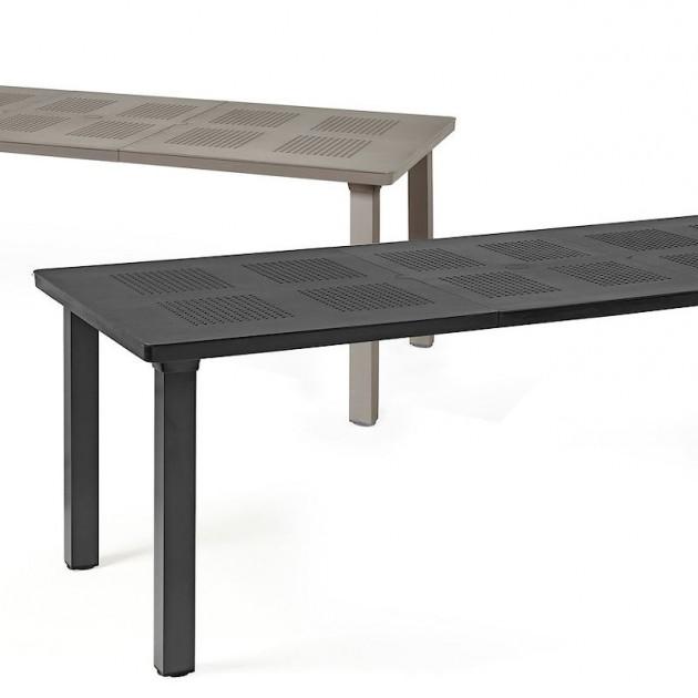 На фото: Розкладний стіл Levante Bianco (47053.00.000), Пластикові столи Nardi, каталог, ціна