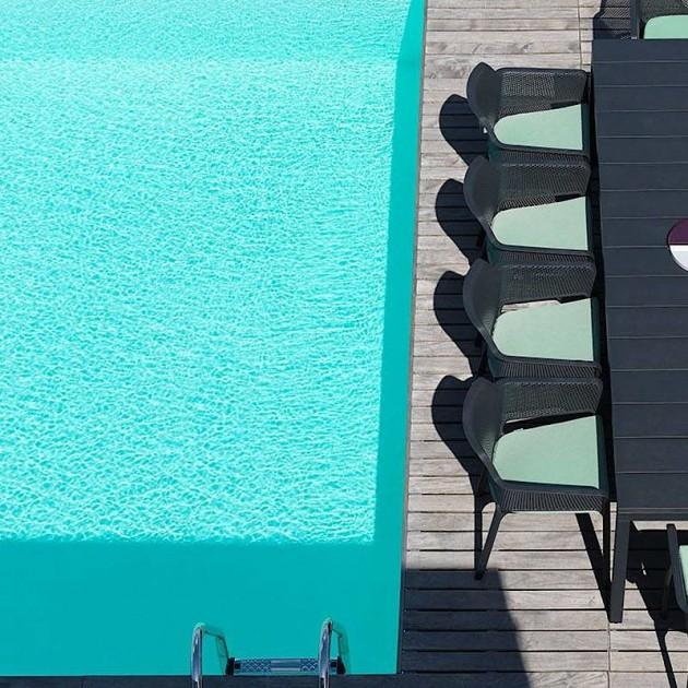 На фото: Великий розкладний стіл Rio 210 Antracite (48252.02.000), Пластикові столи Nardi, каталог, ціна