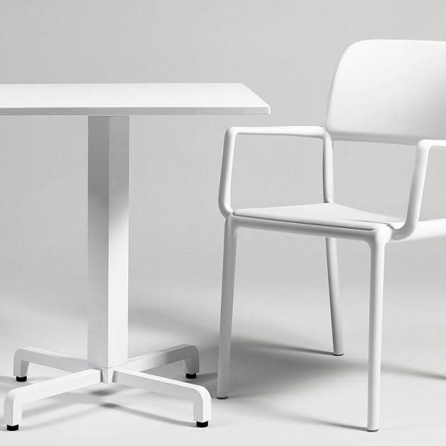 На фото: Стілець Riva Caffe (40246.05.000), Пластикові стільці Nardi, каталог, ціна