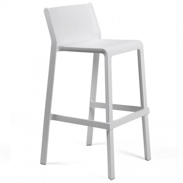 На фото: Барний стілець Trill Bianco (40350.00.000), Пластикові стільці Nardi, каталог, ціна