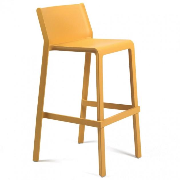 На фото: Барний стілець Trill Senape (40350.56.000), Пластикові стільці Nardi, каталог, ціна
