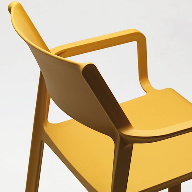 На фото: Крісло Trill Senape (40250.56.000), Пластикові крісла Nardi, каталог, ціна