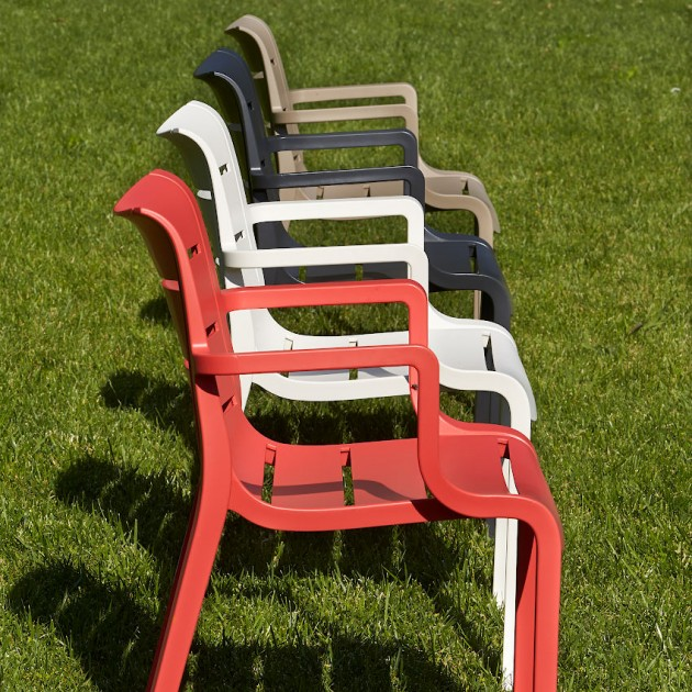 На фото: Крісло Sunset 2329 Antracite (232981), Пластикові крісла SCAB Design, каталог, ціна